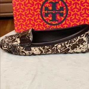 NWT Tory Burch Python Print Calf Hair Loafers 6.5